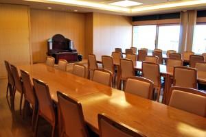 法要室 洋室(川越市民聖苑やすらぎのさと)